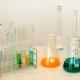 Le sostanze pericolose: fattore critico della gestione ambientale e della salute e sicurezza